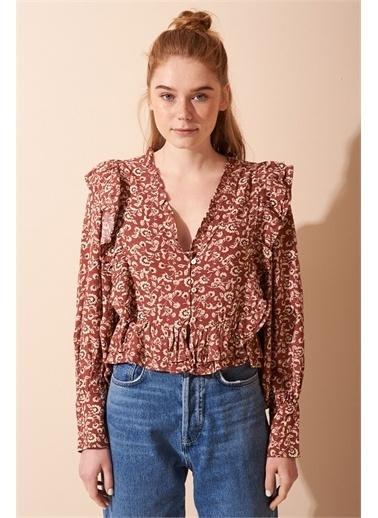 Never More Önü Fırfırlı Çiçek Desenli Bluz Kırmızı